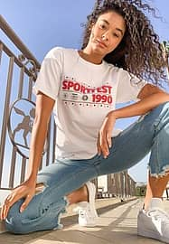 daisy street relaxed boyfriend t-shirt with vintage sport graphic-White