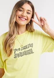daisy street relaxed t-shirt with sunshine print in lemon-Yellow