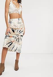 Free People bali serious swagger tie dye skirt in velvet-White