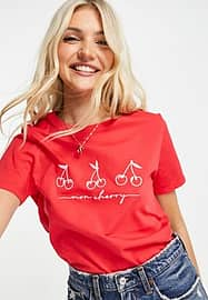 New Look mon cherry slogan t-shirt in red