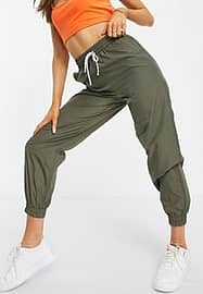 Pieces joggers in khaki-Green