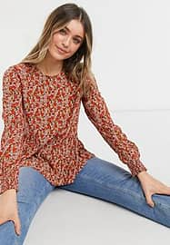 Pieces peplem blouse in red ditsy floral