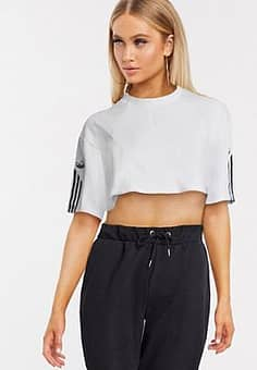 Fakten cropped t-shirt in white