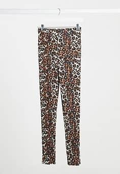 vented leggings in leopard print-Brown