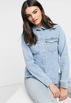 Gestuz Astrid shirt in light blue