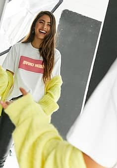 Neon logo front t-shirt in white