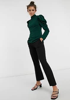 puff sleeve button detail top in emerald green