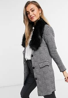 straight coat in grey check with faux fur collar in black