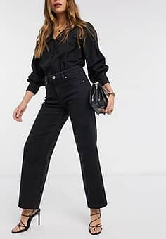 cropped jeans with raw hem in washed black