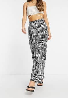 high waisted relaxed trousers in wavy print-Multi