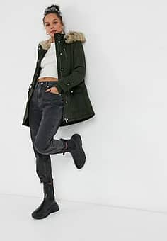 parka with faux fur hood in khaki-Green
