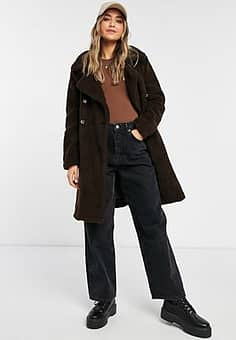 QED London borg double breasted coat in chocolate-Brown