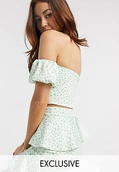 exclusive off shoulder puff sleeve crop top co ord in green fleck print