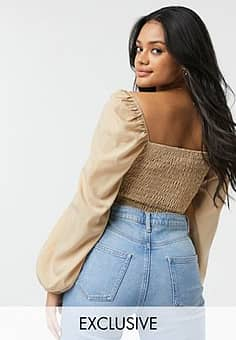 puff sleeve ruched front top in tan-Black