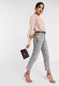blouse with pleat front in pink