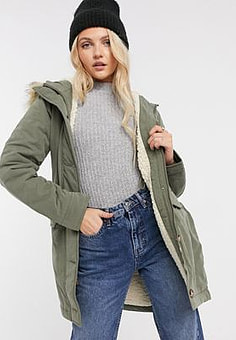 Abercrombie & Fitch sherpa lined parka in khaki-Green