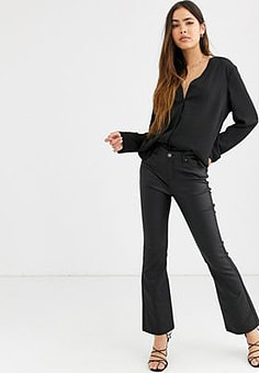 b.Young flared trousers-Black