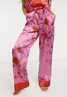 Liquorish nightwear blossom print pyjama trousers in pink and red-Multi