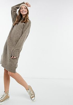 New Look high neck knitted midi dress in mink-Pink
