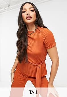 Club L  Tall ribbed t-shirt with belt in rust-Orange