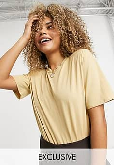 Collusion padded shoulder t shirt body in sand-Brown