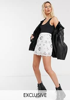 Daisy Street mini skirt in celestial print-White