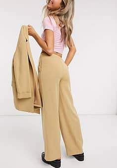 New Look wide leg tailored trouser in camel-Tan