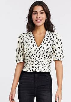 Stradivarius v neck blouse in white with print-Multi