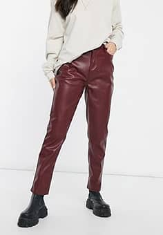 Urban Bliss faux leather straight leg trouser in burgundy-Red