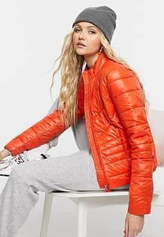 Vero Moda padded jacket in red-Pink