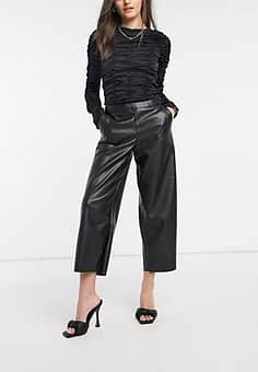 Vila leather look cropped trousers in black
