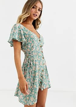 Band of Gypsies Band Of tie side skater dress in green floral print