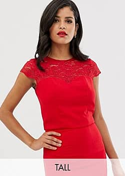 lace detail shell top co-ord in red