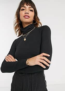 basic roll neck top in black