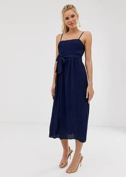 Girl In Mind pleated square neck midaxi strap dress-Navy