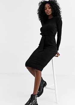 belted midi knitted dress in black