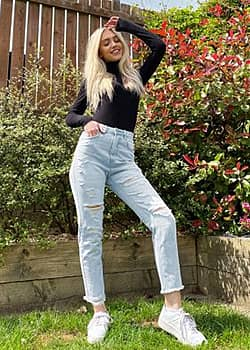 Stradivarius mom jeans with rips in light blue