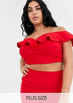 sweetheart neckline crop top co-ord in red