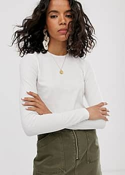 fine ribbed long sleeve t-shirt in off white