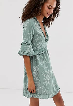 ruffle detail smock dress in mini fern print