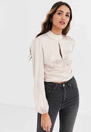 blouse with keyhole detail in blush pink