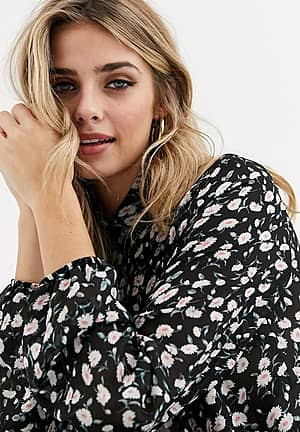 shirt with frills in floral print