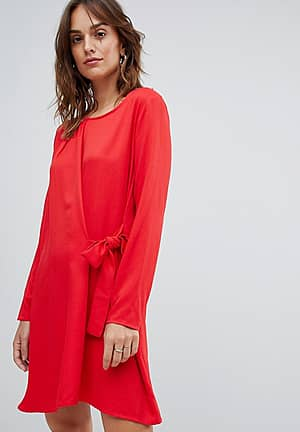 knot wrap front mini dress in red