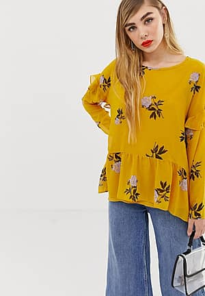 floral ruffle shoulder top