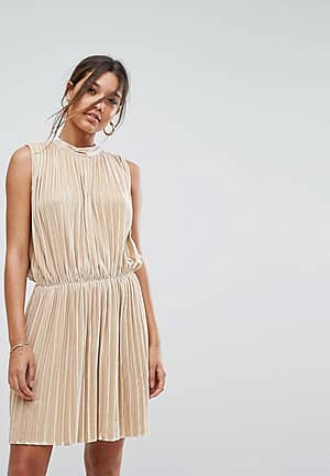 Sleeveless Velvet Pleated Dress