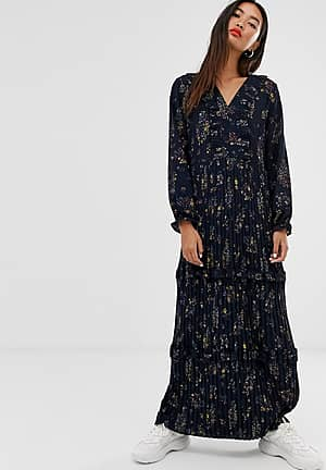 pleated maxi dress in floral print
