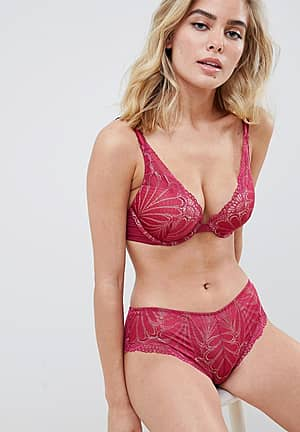 Refined Glamour lace shorty knicker in cherry