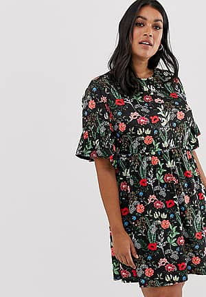 exclusive smock dress in black floral